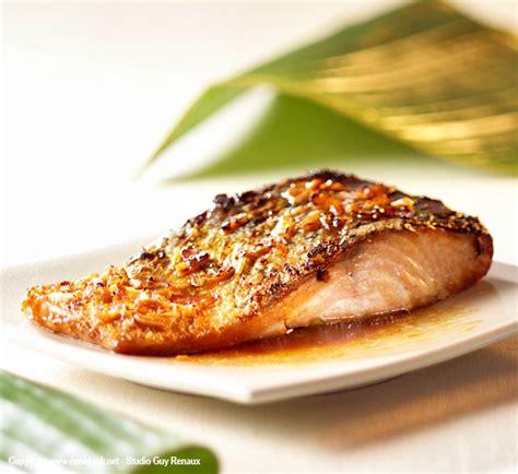 cuisiner pave de saumon pavés de saumon au miel et au gingembre recette poisson originale best recettes
