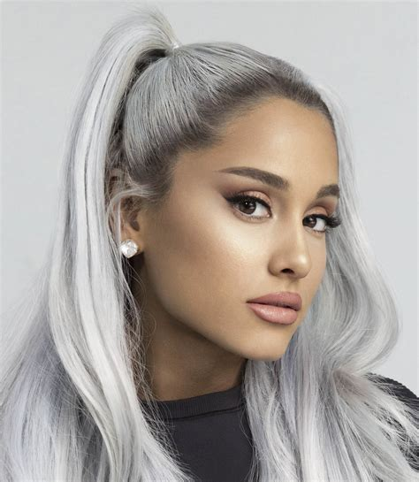 Ariana grande ретвитнул(а) billboard charts. Ariana Grande Biography, Career, Age, Early life, family