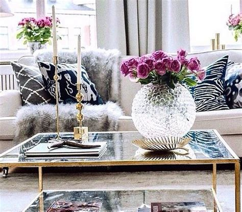 Popular Living Room Colors 2016 by Living Room Table Decoration Ideas With Globe Crystal Vase