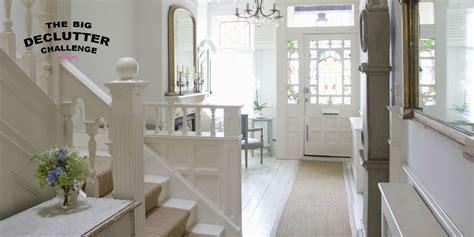 create  tidy organised  clutter  hallway