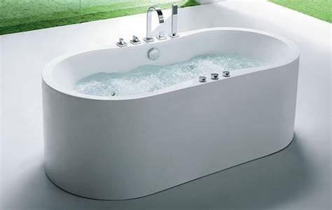 freestanding whirlpool tub offers  ample deck space