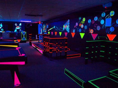 black light glow party what is black light rowe lighting