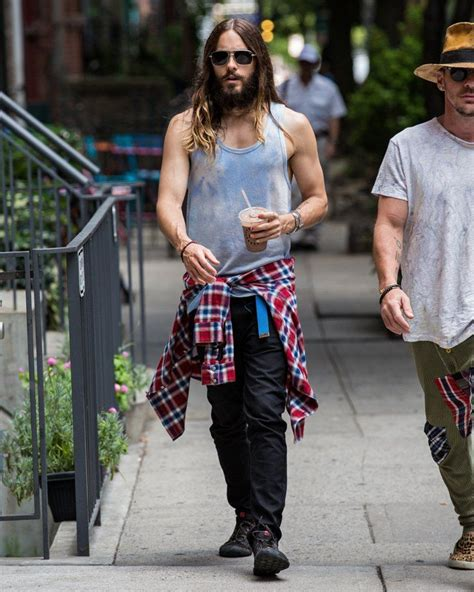 We're Pretty Sure Jared's Been Tying a Flannel Around His ...