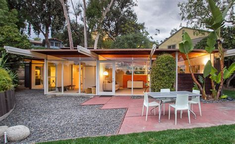 Post And Beam  Mid Century Modern Homes  Hollywood Hills. Outdoor Decorative Trash Cans. Rent A Room New Zealand. Decorative Bookends For Sale. Wall Mount Tv Ideas For Living Room. Painting Living Room. Decorative Solar Lanterns. Book A Hotel Room. Best Place To Buy Home Decor