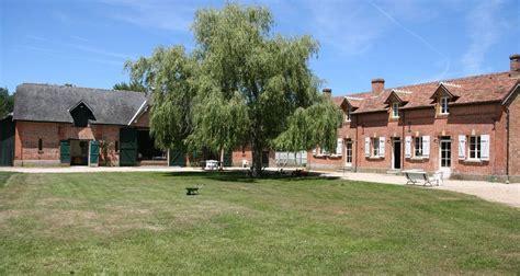 maison hote montperthuis à chaumont sur tharonne 27137