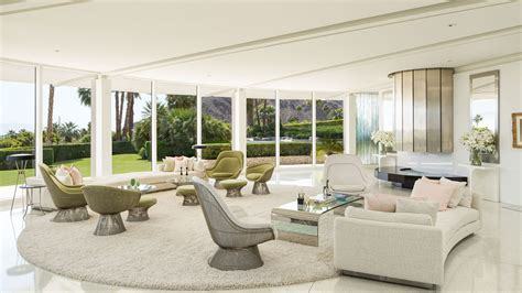 Luxury Southern California Home Celebrates The Endless Summer by Luxury Southern California Home Celebrates The Endless