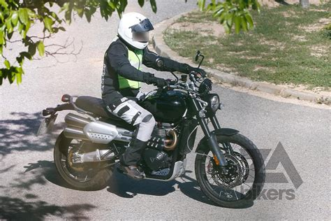 Modification Triumph Scrambler 1200 by Foto Triumph Triumph 1200 Scrambler In Arrivo A Intermot