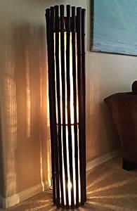 Designer Stehlampen Holz : stehlampe wohnzimmer holz ~ Indierocktalk.com Haus und Dekorationen
