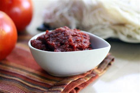 how to make tomato paste how to make homemade tomato paste hgtv