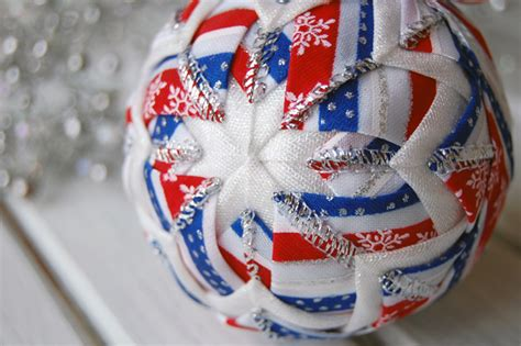 quilted ornaments quilted christmas ornaments quilt balls