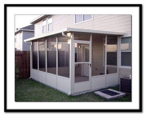 living stingy screen room  sun porch