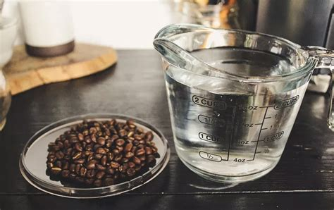 Your question is how much ground coffee per pot. Five Important Factors in Brewing Great Coffee at Home - Baratza