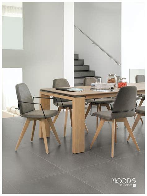 chaise mood 14 bicouleur pieds bois table cardiff pieds
