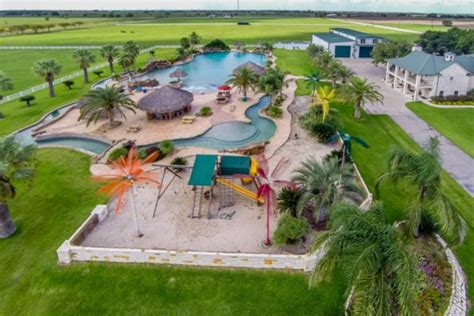 $39 Million Estate In El Campo, Tx With America's Largest