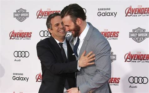 Mark Ruffalo Reacts After Chris Evans Accidentally Leaks ...