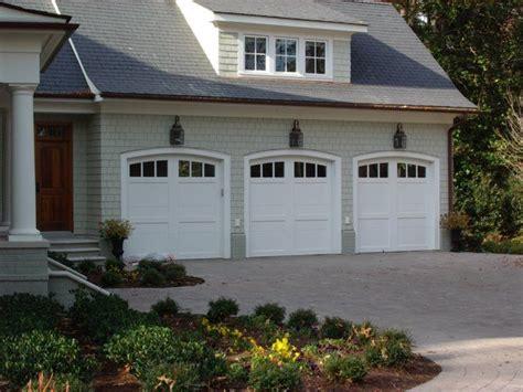 Garage Door Lights by Colors Garage Door Lights Exteriors