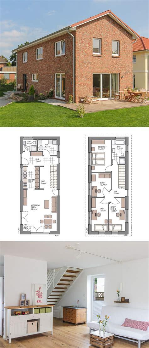 schmale häuser grundrisse einfamilienhaus grundriss schmal neubau modern mit klinker