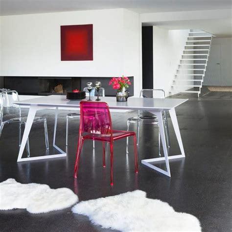 chaises transparentes fly les chaises transparentes ont la côte