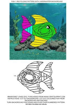 fish  iris folding pattern  underwater background