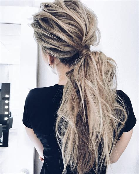 cute ponytail hairstyles      long hair