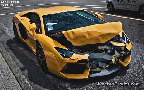 Lamborghini Aventador Crashes In Downtown Vancouver