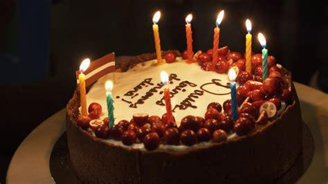 Attēli Dzimšanas Dienā - Foto Kolekcija