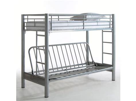 lit superpose en metal 17 meilleures id 233 es 224 propos de lits superpos 233 s canap 233 sur lit de placard lits et