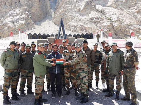 soldiers  ladakh  state   art border outposts