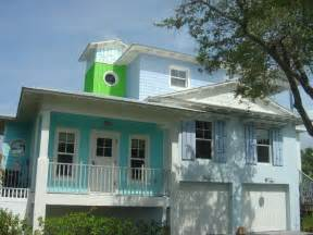 Key West Style Home Decor Picture