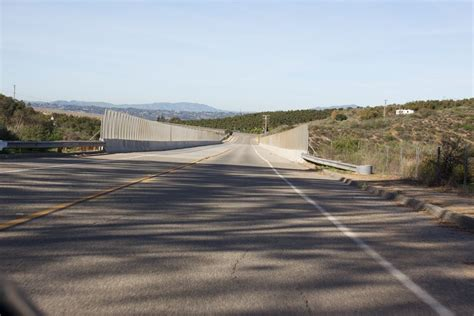 Bridgehunter.com   West Lilac Road Bridge