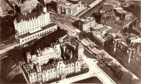a history of the rideau centre in nine chapters urbsite