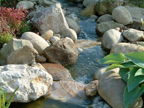 faire une cascade en pierres bassin faire une cascade en pierres au jardin forum de jardinage
