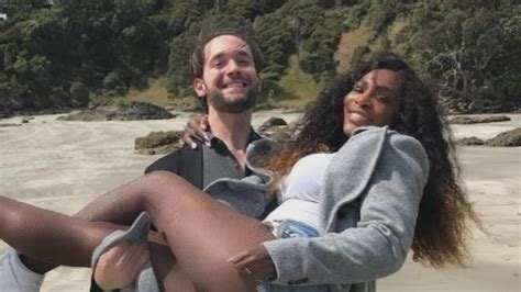 meet serena williams fiance  baby daddy alexis