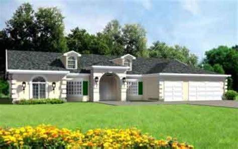 adobe southwestern style house plan  beds  baths  sqft plan   houseplanscom