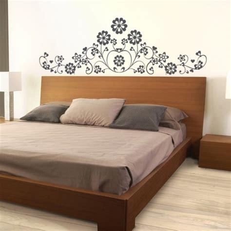 dessin mural chambre adulte sticker tête de lit marguerite décoration florale