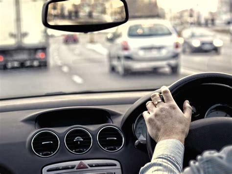 driver car deals uk tips for driving on motorways saga