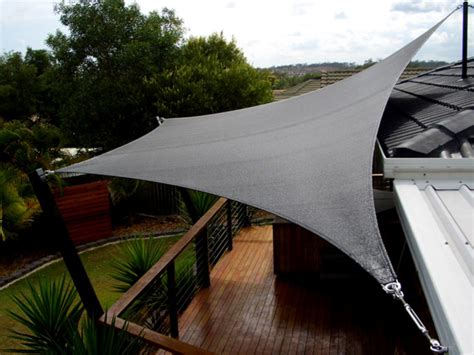cover pergola from corrugated plastic roofing