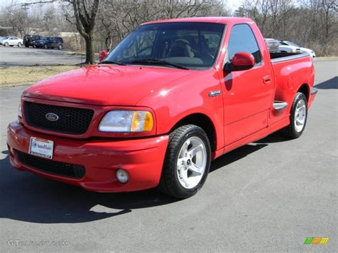 2000 Ford F-150 Svt Lightning Photos, Informations
