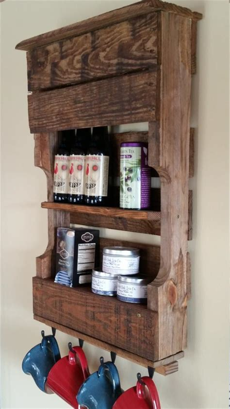 Pallet Kitchen Organizer / Tea Rack   Pallet Furniture Plans