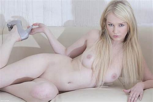 Babe Pie Young Tabitha Pink Haired #Delicious #Blonde #Bombshell #Tabitha #Gives #Us #A #Touch #Of