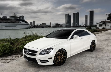 Customized Mercedesbenz Cls550  Exclusive Motoring