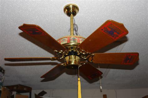 Information Vintage Homestead Ceiling Fan