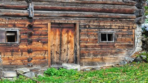Log Cabin Building by Building Log Cabins Vertical Log Cabin Building Building