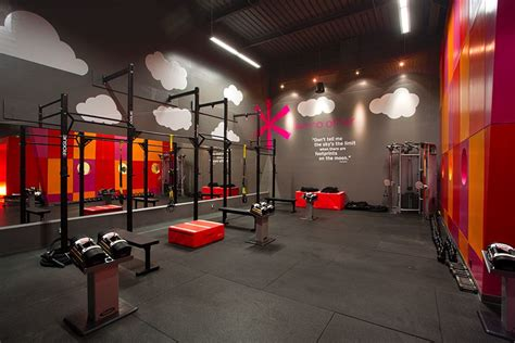 Gym Interior : 8 Supremely Stylish Gyms From Around The World Photos