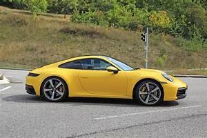 2019 Porsche 911 : 2019 porsche 911 looks splendid in red ready for production autoevolution ~ Medecine-chirurgie-esthetiques.com Avis de Voitures