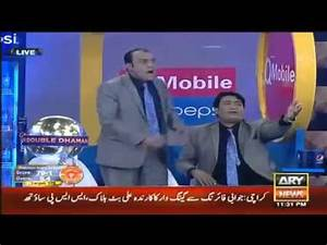 Pakistani TV Host fighting with Comedians on Live PSL show ...