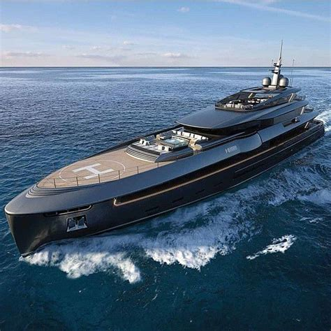 Boat Big Sale by 25 Best Ideas About Luxury Boats On Yachts