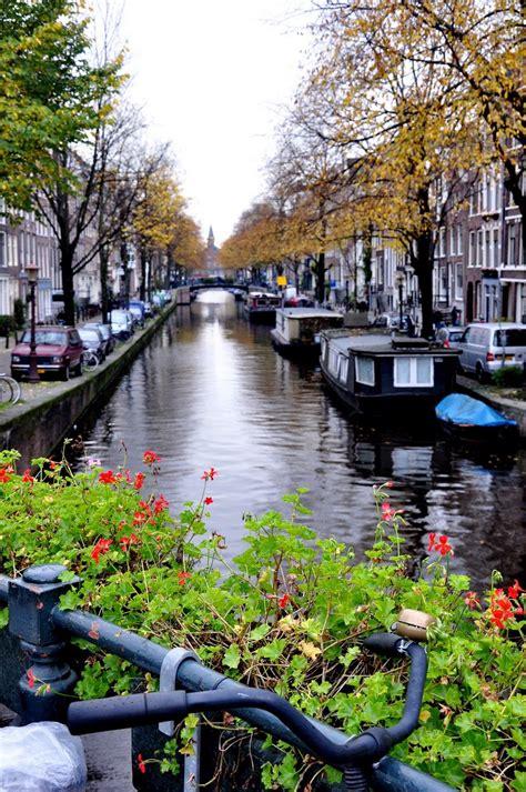 Holanda Canales Y Casas Flotantes De Amsterdam
