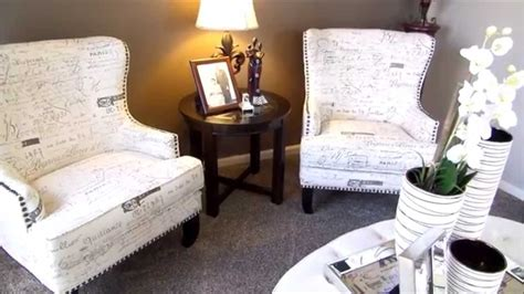 how to decorate a coffee table how to decorate your coffee table youtube