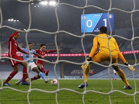Manchester City Pay Penalty For Kevin De Bruyne's Miss In ...